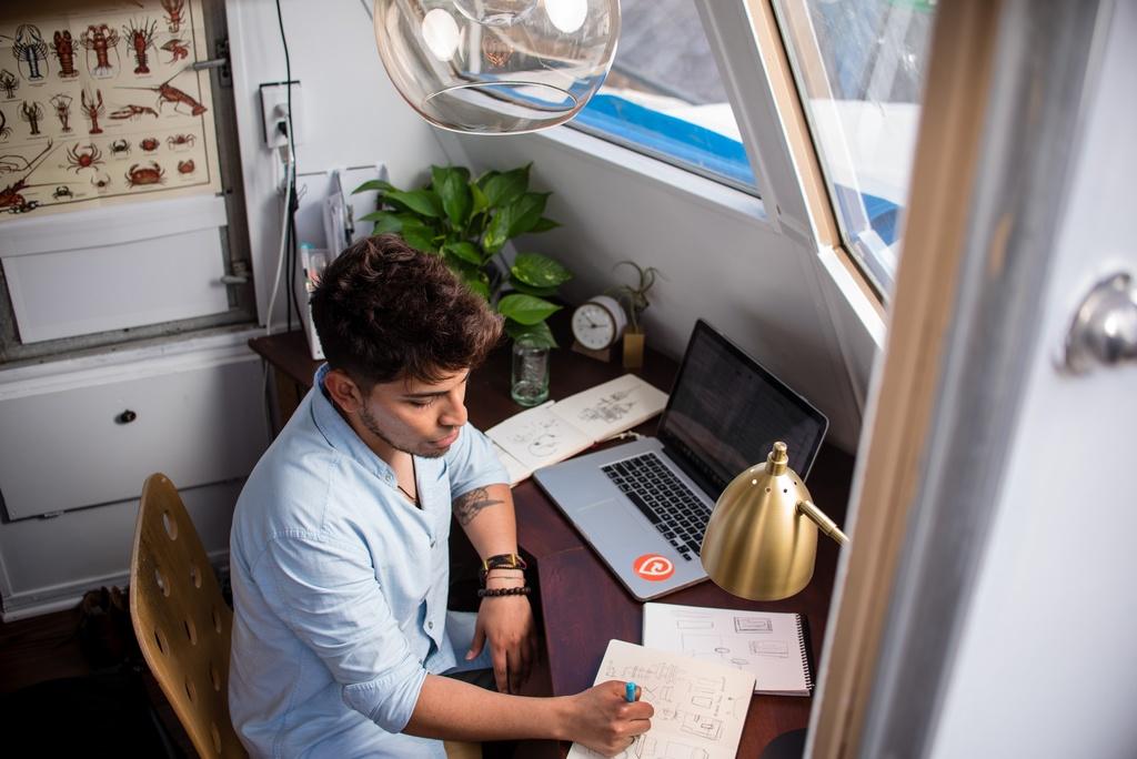 Czy home office jest zagrożeniem dla branży mebli biurowych?